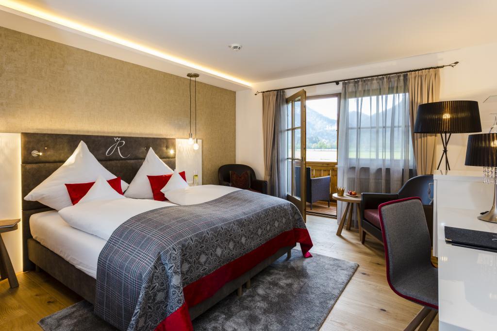 Neue design zimmer im wellnesshotel das r bezahl hotel for Neue design hotels