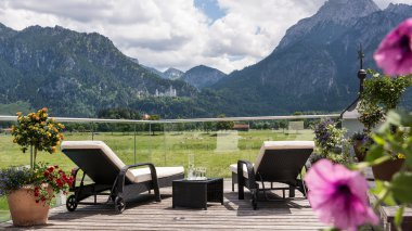deck with view to neuschwanstein castle